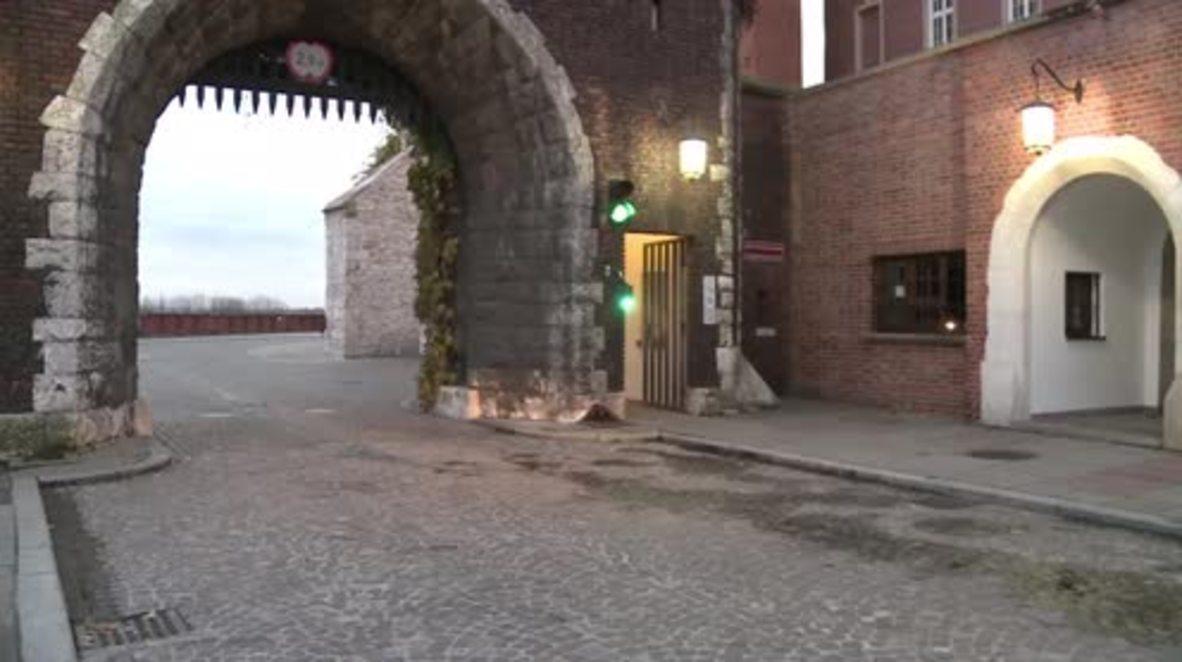 Poland: Former Pres. Kaczynski's body exhumed, reburied at Wawel Royal Palace
