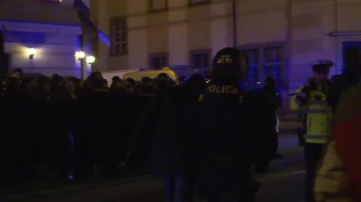 Czech Republic: Riot police fill Prague as arrests dog Velvet Revolution anniversary