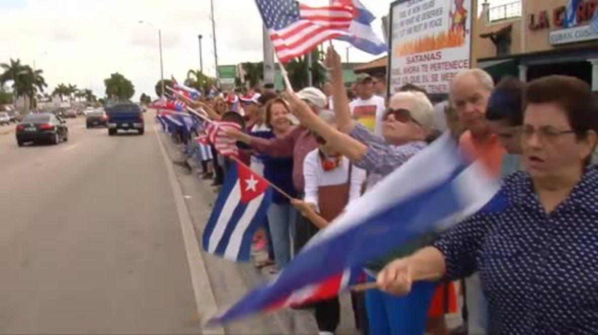 USA: Cuban 'Gusanos' celebrate death of Fidel Castro in Miami