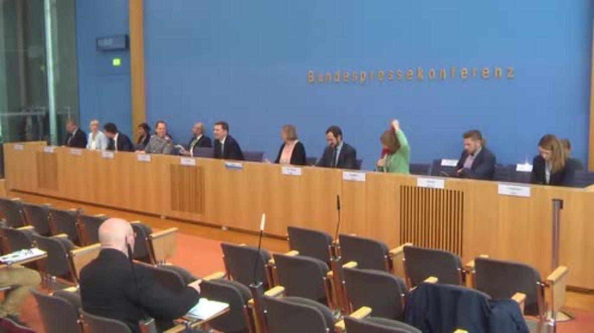 Germany: Steinmeier expects no 'sensational breakthrough' on Ukraine conflict talks