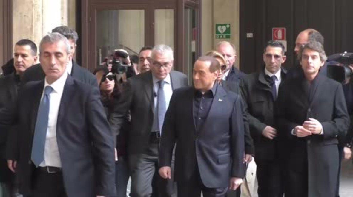 Italy: Berlusconi votes in critical constitutional reform referendum