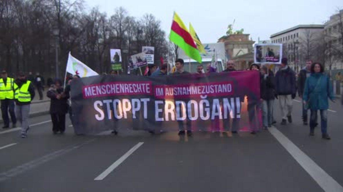 Germany: Pro-Kurdish activists denounce Erdogan govt. on Human Rights Day