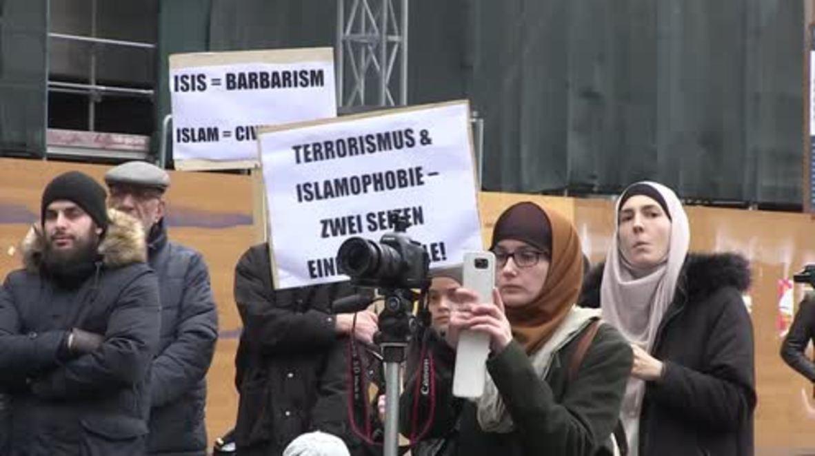 Switzerland: Zurich Muslims rally against terrorism and Islamaphobia