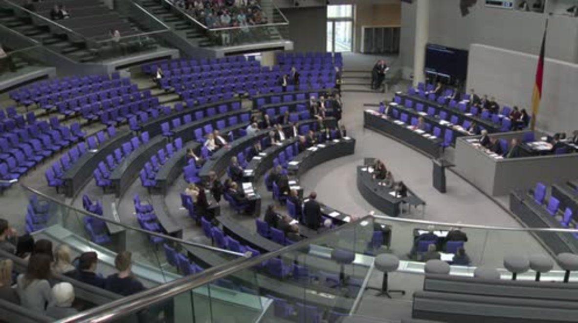 Germany: Bundestag debates NATO increasing US troops in E.Europe