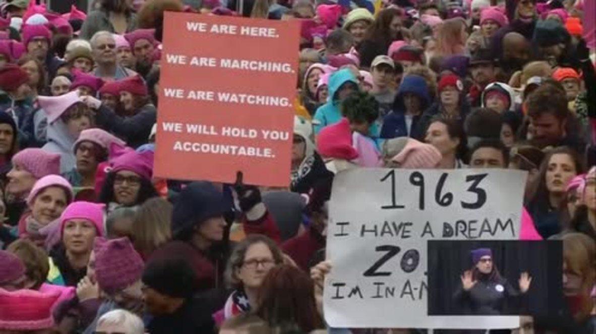 USA: Angela Davis and Madonna call for resistance at Women's March on Washington