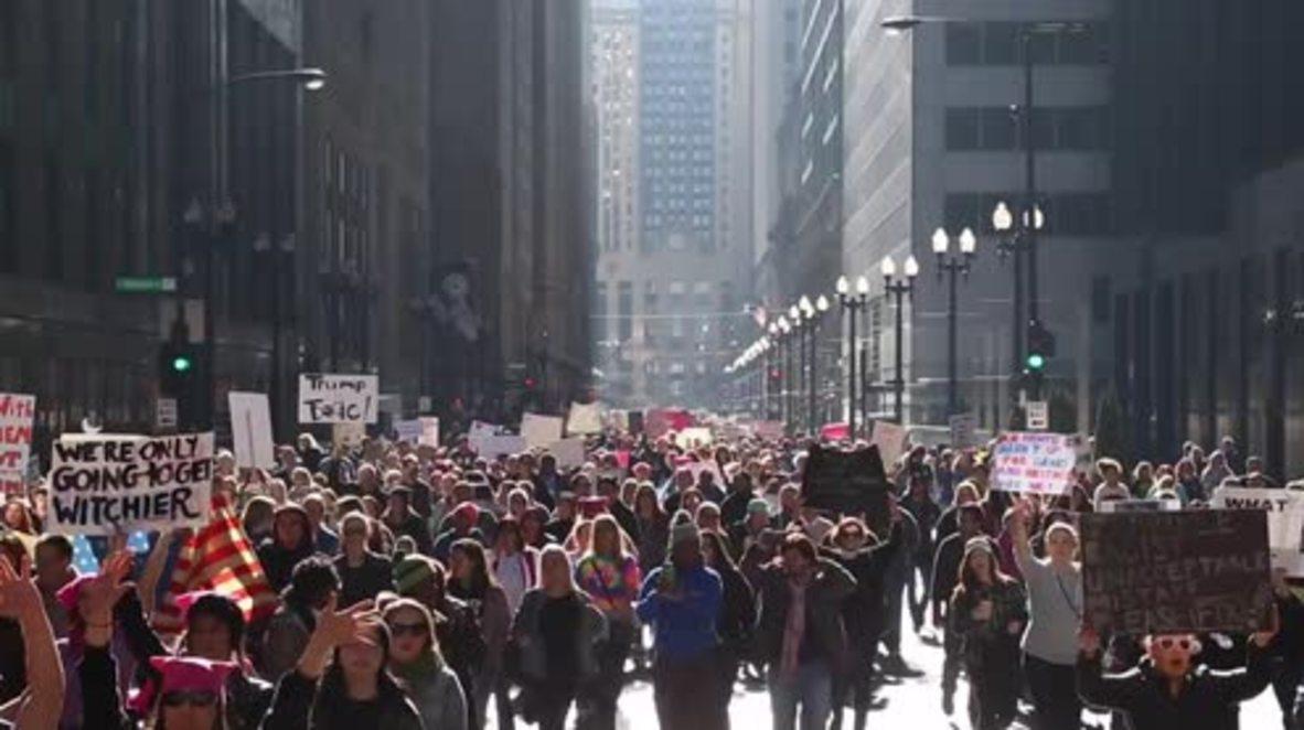 USA: Hundreds denounce Trump's presidency on Chicago's streets