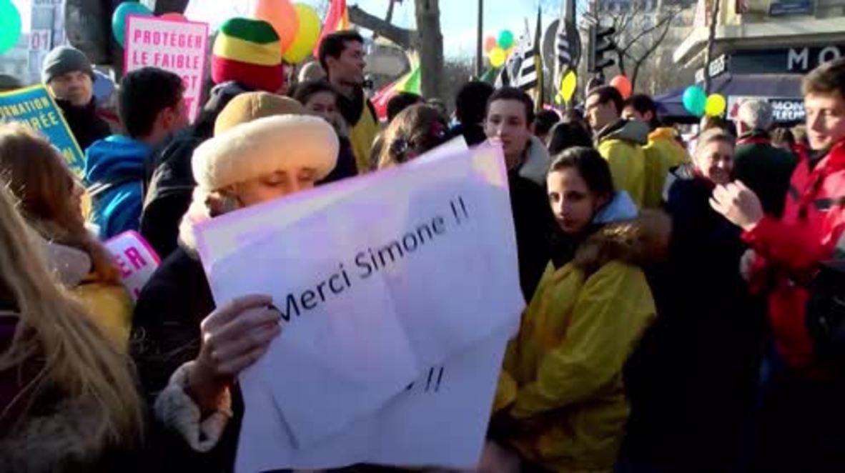 France: Thousands march through Paris against abortion