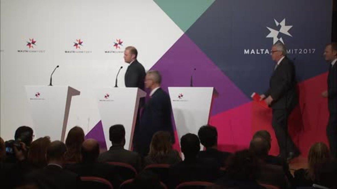 Malta: EU leaders agree to halt refugee influx from Libya