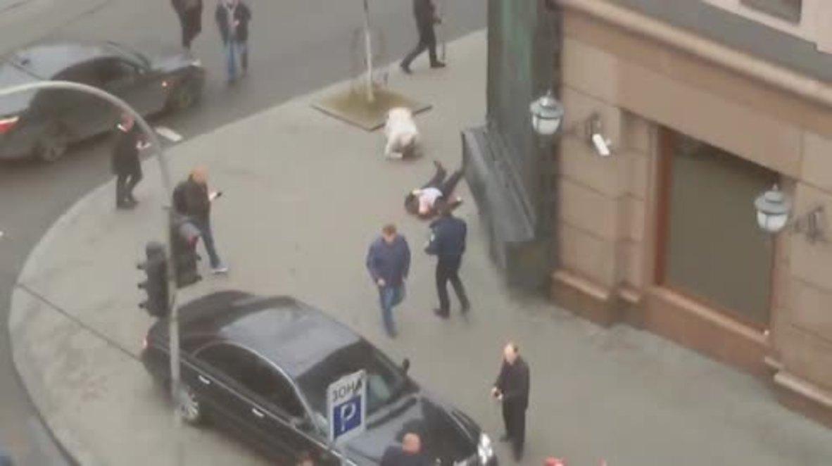Ukraine: Additional footage shows Voronenkov's lifeless body after shooting