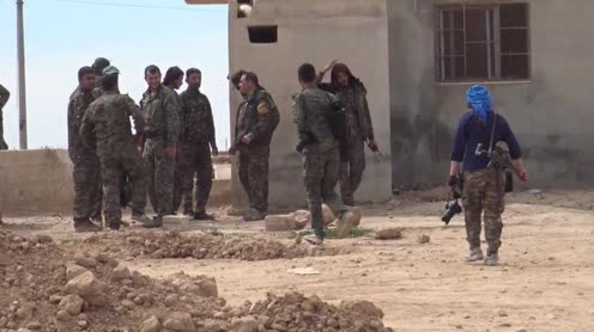Syria: US-backed Kurdish forces make gains over Taqba dam