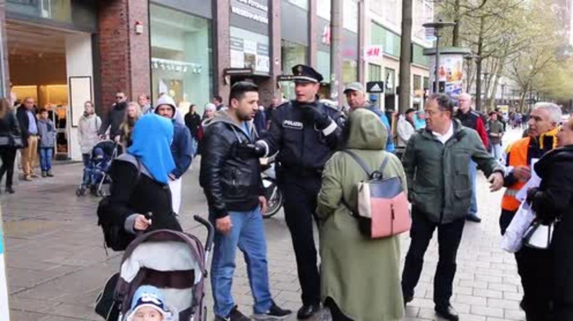 Germany: Hundreds march in Hamburg against Turkey referendum 'fraud'