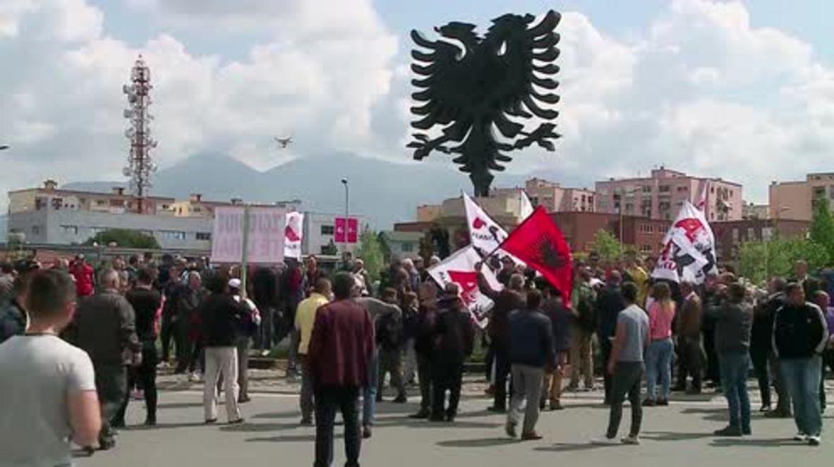 Albania: Opposition supporters block Tirana traffic in  pro-democracy rally