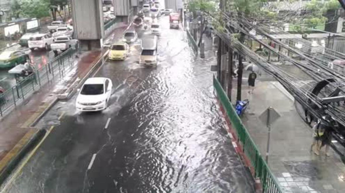 Thailand: Flood waters rise in Bangkok following heavy rain