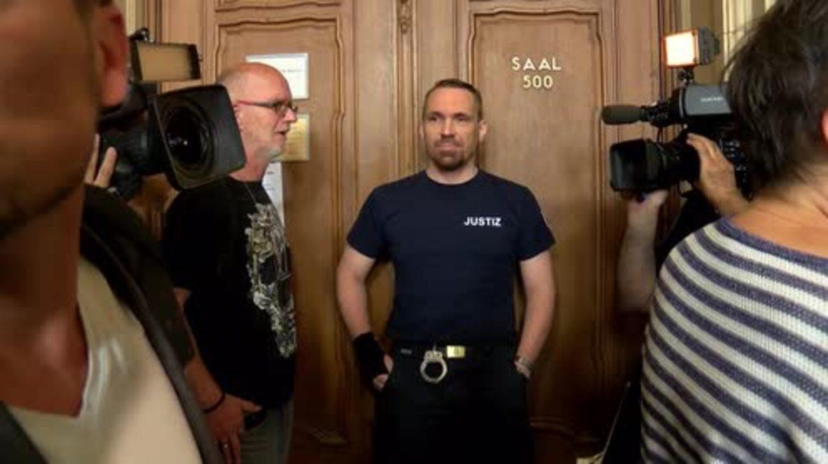 Germany: Hearing of man 'who kicked woman down subway stairs' postponed