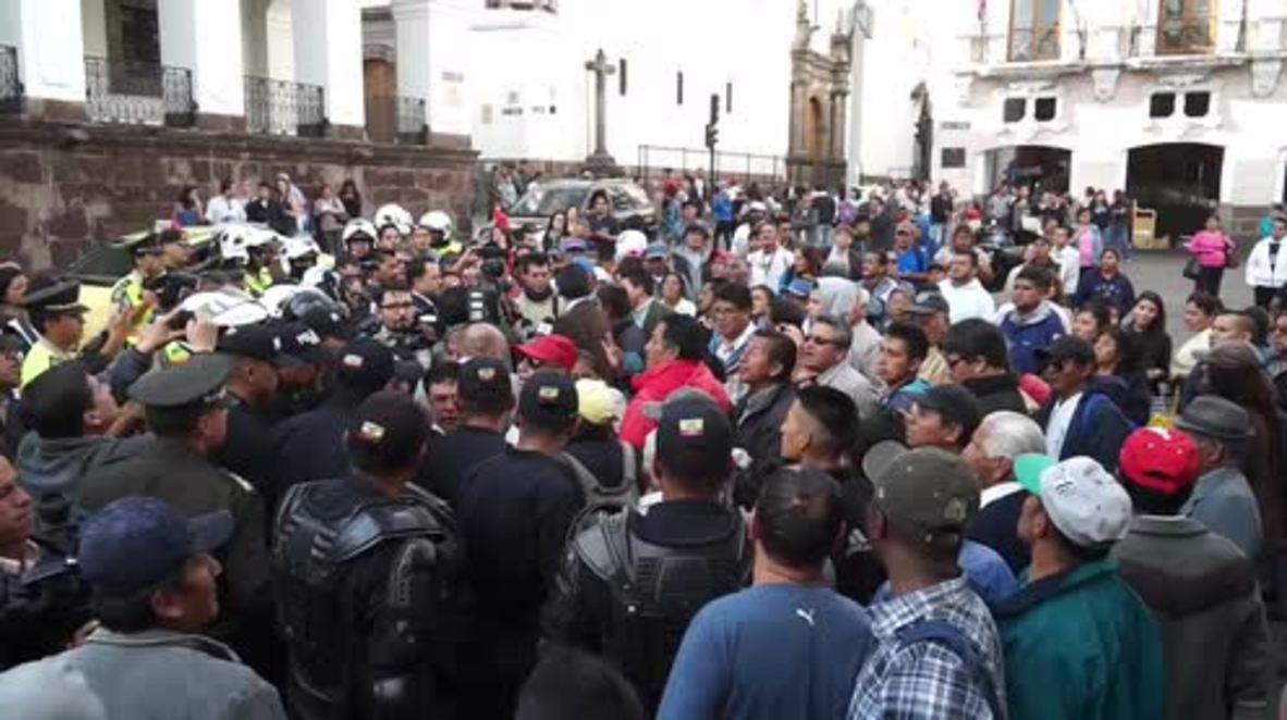 Ecuador: VP Glas defiant after President Moreno strips him of powers