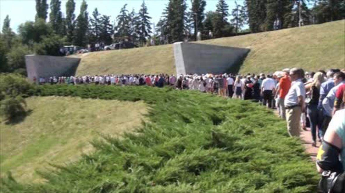 Russia: Jews lead memorial for 27,000 killed on anniv. of Zmievskaya Balka massacre