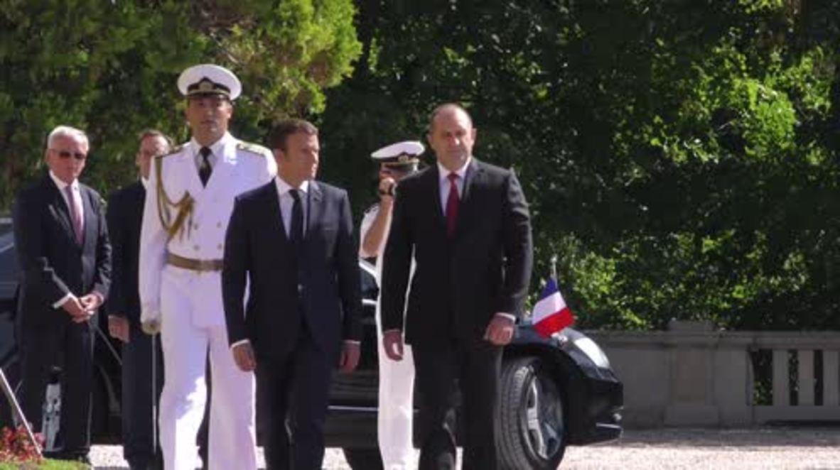 Bulgaria: Macron says Poland isolating itself from EU during Bulgarian state visit