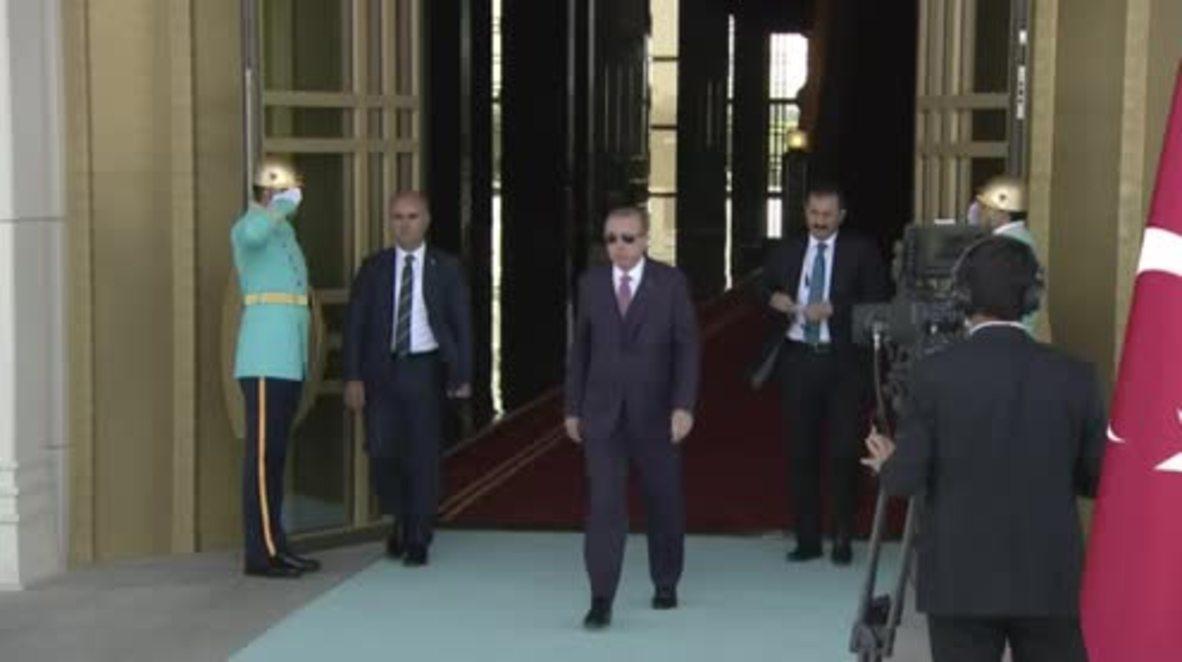 Turkey: Erdogan welcomes Palestinian President Abbas to Ankara