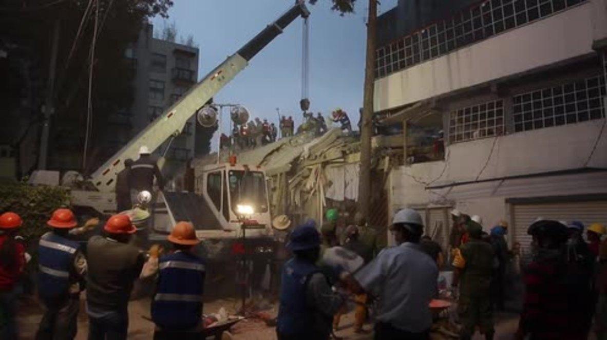 Mexico: Residents describe terror of fleeing homes after deadly quake