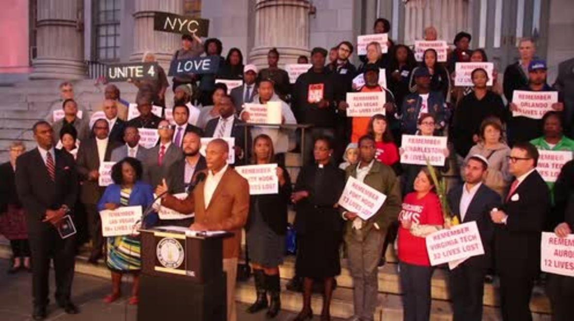 USA: Anti-gun law activists mourn Las Vegas victims with interfaith vigil
