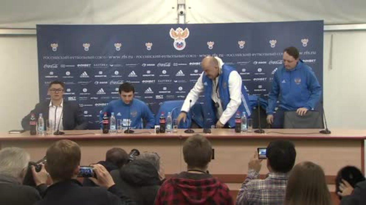 Russia: Football coach warns of 'tough' match against Spain