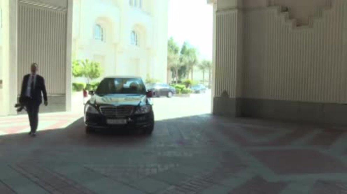 Qatar: Erdogan talks cooperation with Qatari Emir in Doha