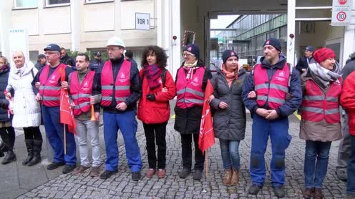 Germany: Berlin Siemens workers join forces against Mulheim job cuts