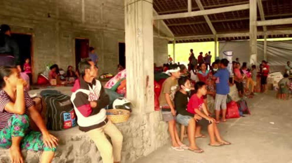 Indonesia: Mass evacuation underway as volcano blows