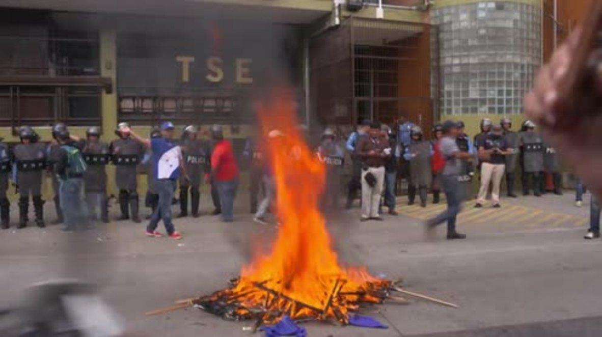 Honduras: Thousands protest alleged electoral fraud in Tegucigalpa