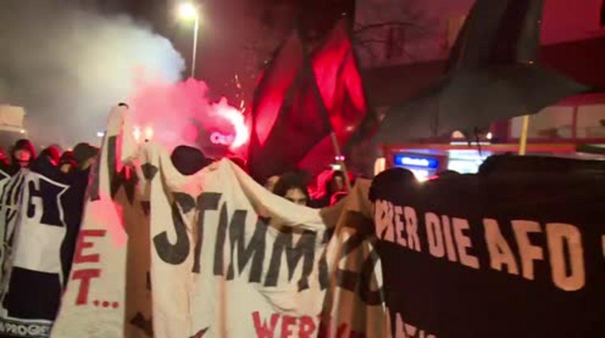 Alemania: Manifestantes de izquierda se reúnen en la víspera de la conferencia del partido AfD