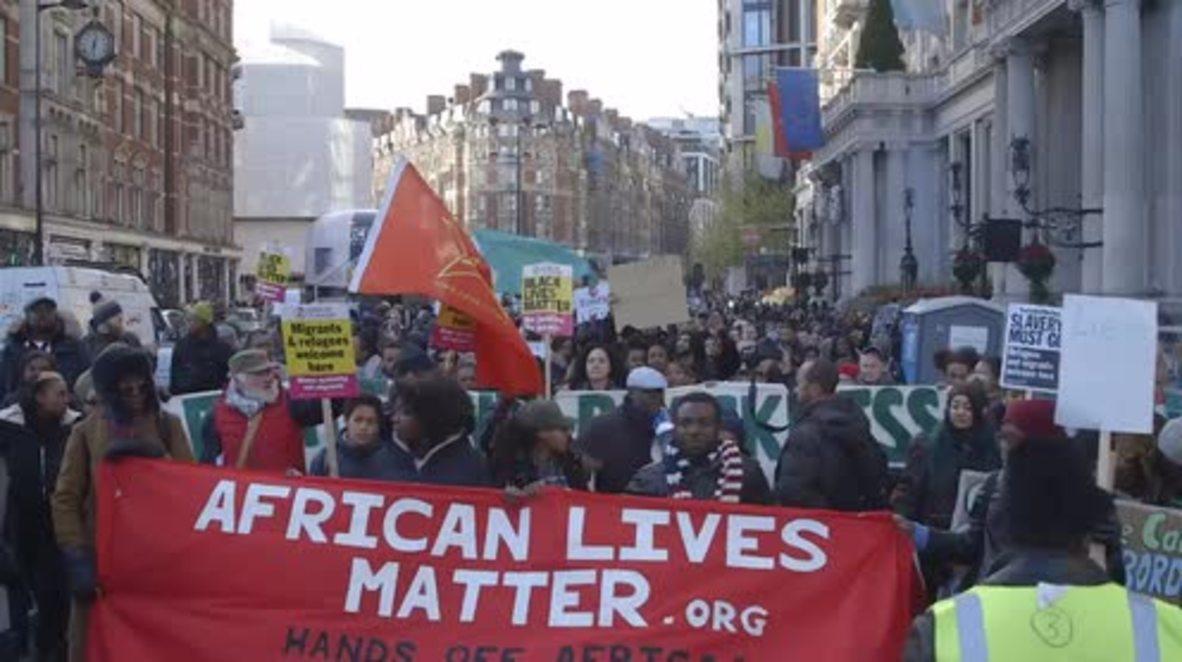 UK: 'Slavery never ended' - hundreds march against Libya's slave trade