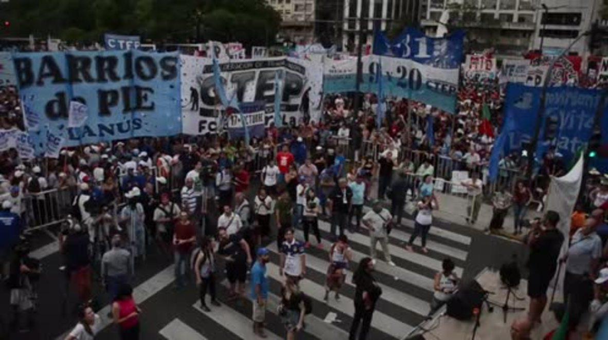 Argentina: Miles de personas se manifiestan contra la reforma de las pensiones de Macri
