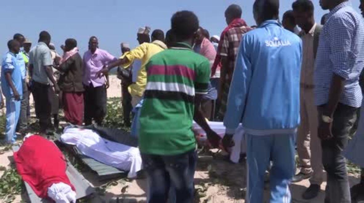 Somalia: Suicide bomber dressed as police officers kills 18