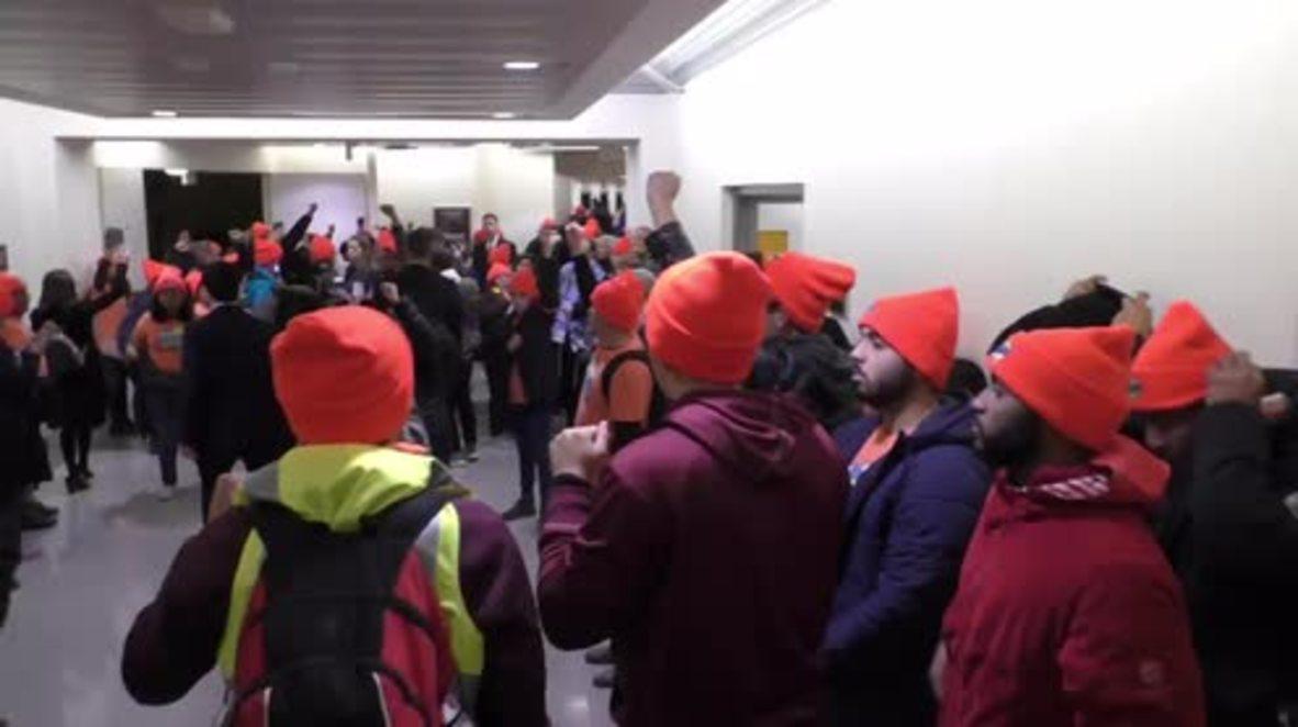 """EE.UU.: Activistas """"Dreamers"""" realizan performance simulando su muerte en el Capitolio"""