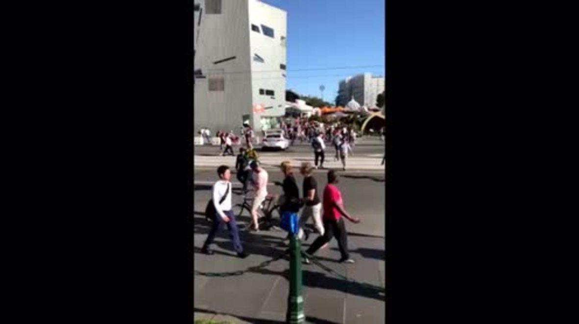 Australia: Tensión en Melbourne después de que un vehículo se estrelle contra la multitud