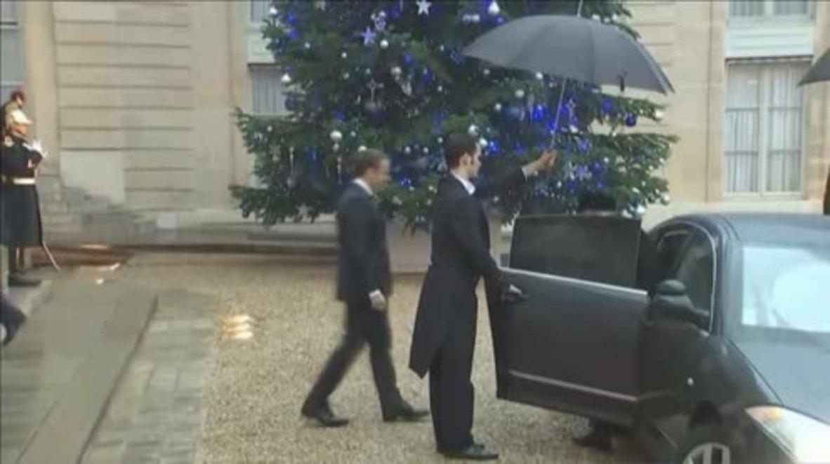 France: Palestinian Pres. Abbas meets Macron for talks in Paris