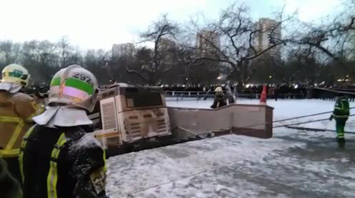 Rusia: Retiran bus que atropelló varias personas en paso subterráneo en Moscú * INSTANTANEAS*