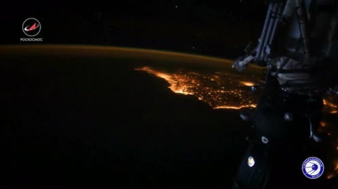 ISS: Cosmonautas rusos envían buenos deseos de Año Nuevo desde el espacio