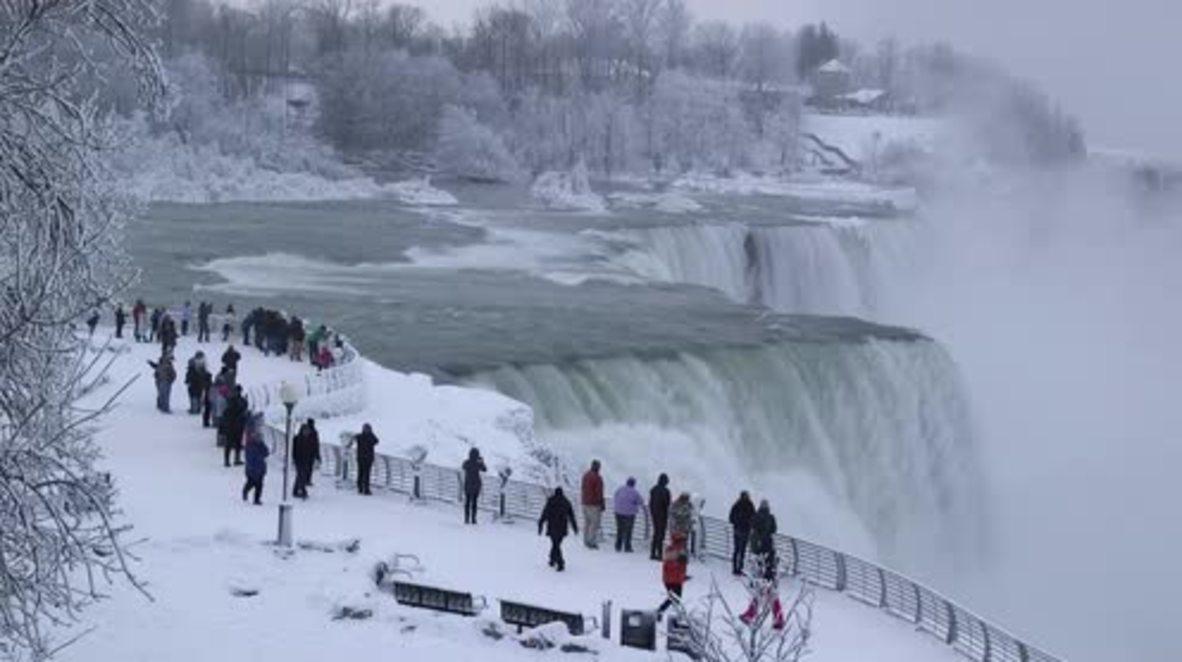 Freezing temperatures turn Niagara Falls into icy wonderland