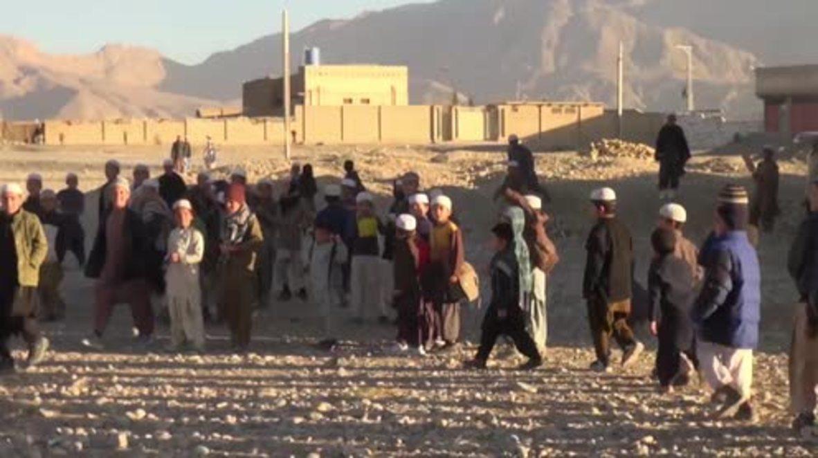 Pakistan: Afghans concerned over 30-day repatriation ultimatum