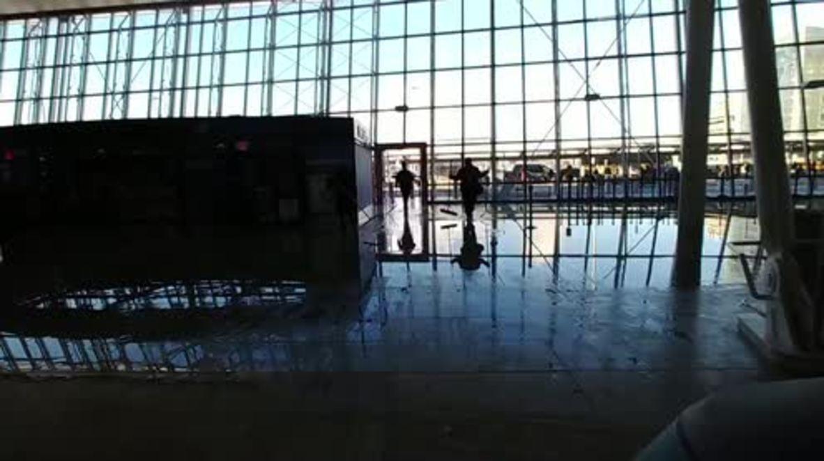 USA: JFK airport evacuated over water leak