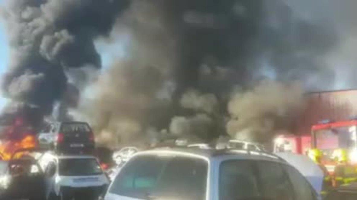Irlanda: Bomberos logran controlar un incendio en la planta de reciclaje de Dublín tras 4 horas