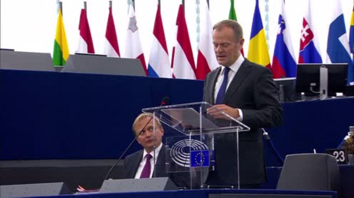 """Francia: """"Si Reino Unido cambia de idea, nuestros corazones siguen abiertos"""", declara Tusk"""