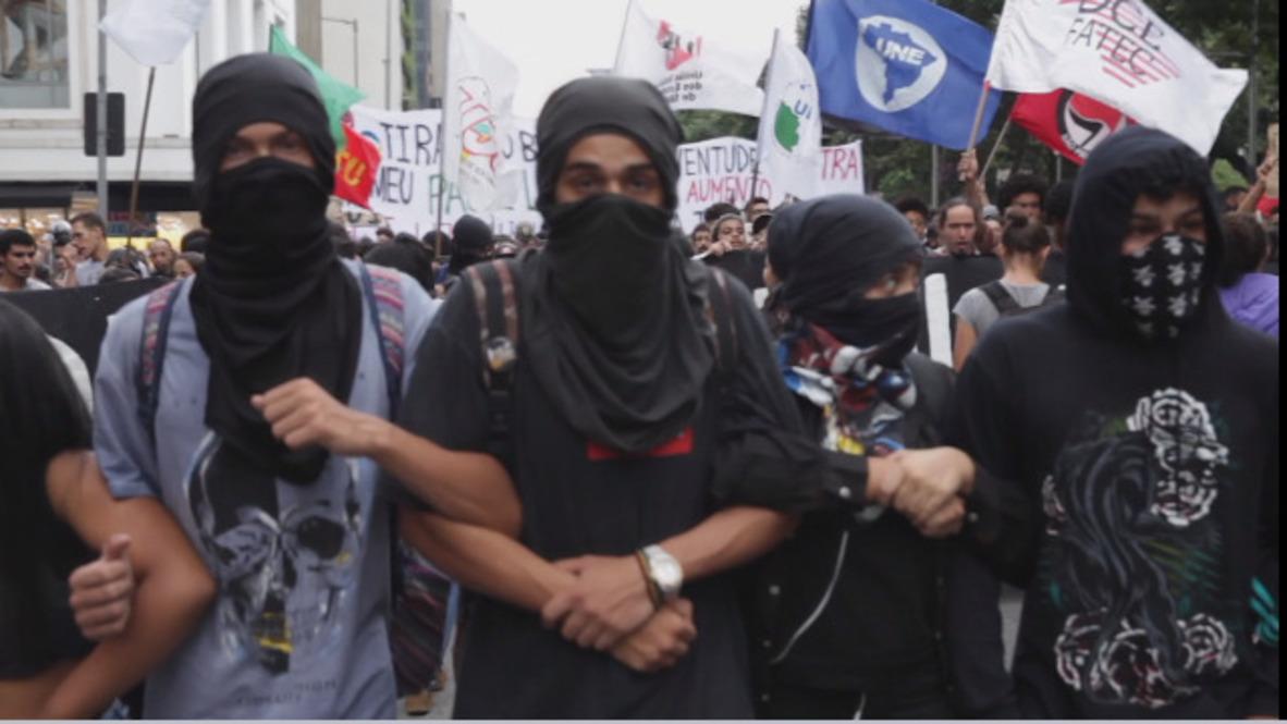 Brasil: Enfrentamientos durante las protestas por el aumento de las tarifas de transporte