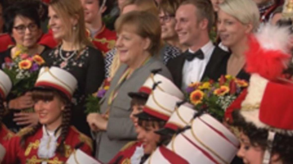 Germany: Merkel meets with regional Kings and Queens of Carnival