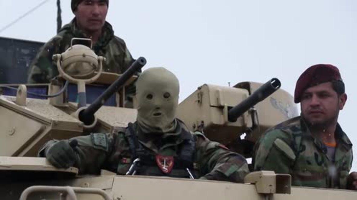 Afganistán: 11 soldados muertos y 16 heridos en un ataque contra una base militar en Kabul.