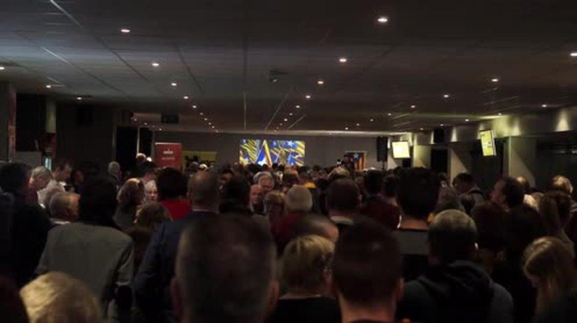 """Bélgica: """"La democracia está en juego"""" - Puigdemont habla frente a nacionalistas flamencos en Bruselas"""