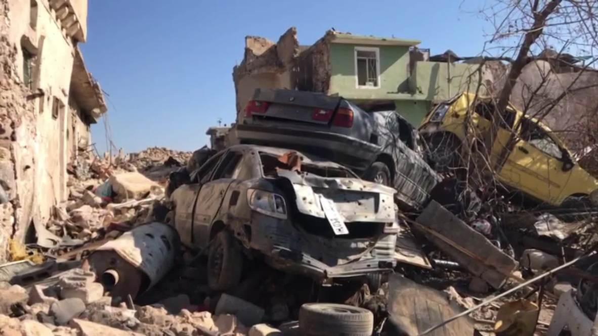 Ирак: Сотни трупов остаются лежать на улицах Мосула спустя полгода после завершения антитеррористической кампании коалиции *Видео 18+*