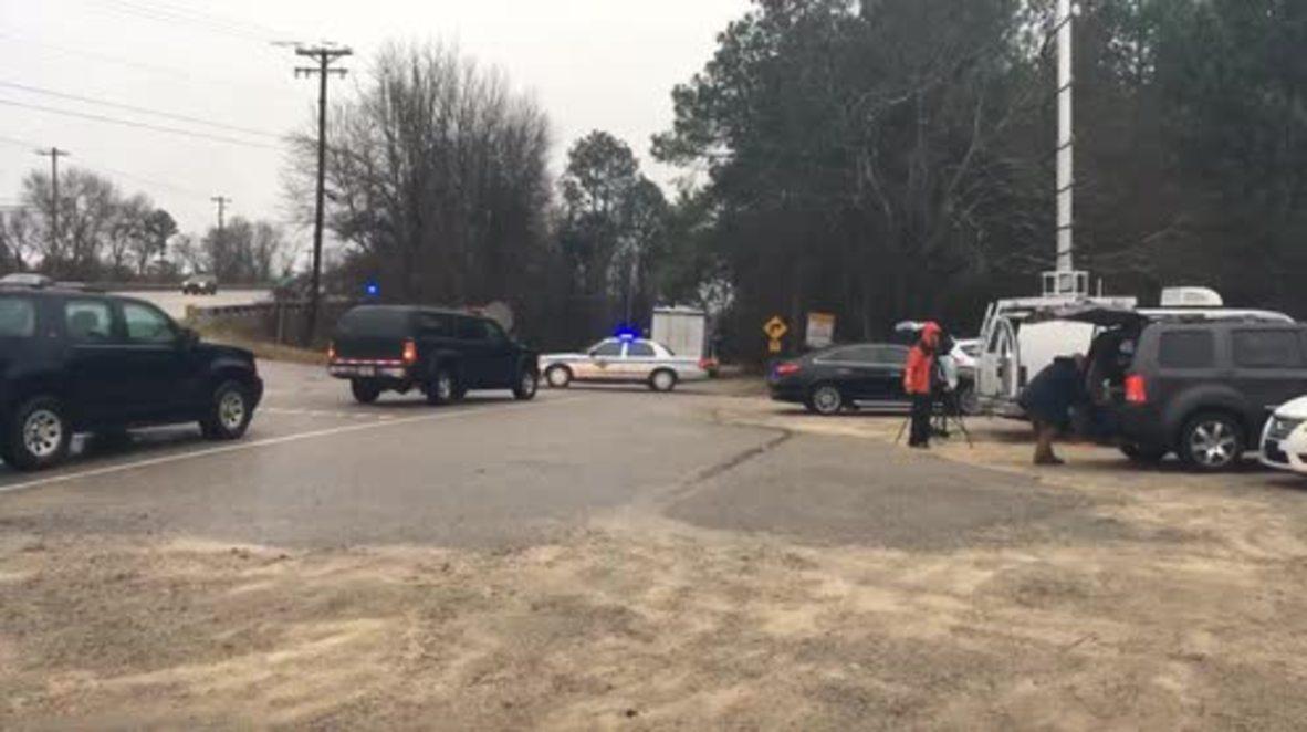 EE.UU.: Los servicios de emergencias trabajan en la escena del accidente de dos trenes en Carolina del Sur