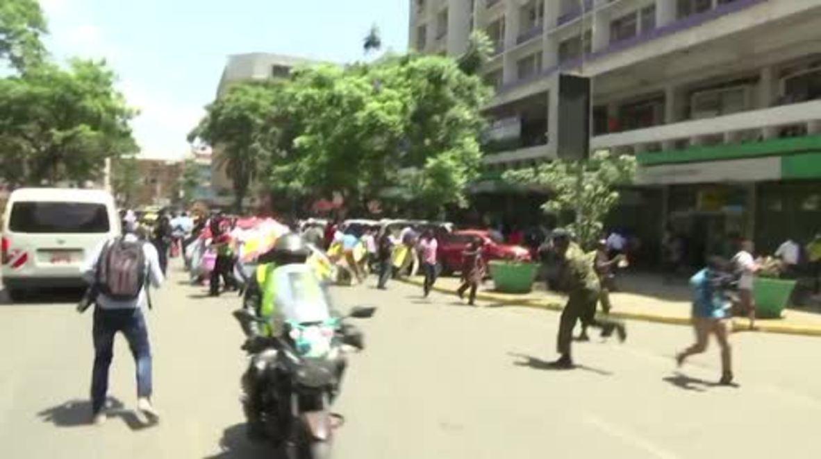 Kenya: Police deploy tear gas as protests continue over media shutdown